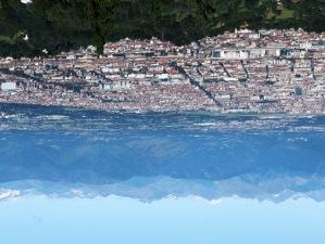 Sopra la città, sotto la montagna