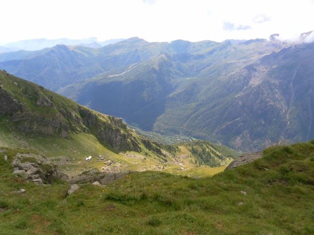 Spaziando con lo sguardo verso la Val d'Ala