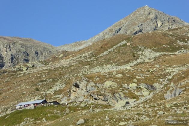 Rifugio La Balma (1986 m) e Monte Robinet (2681 m)
